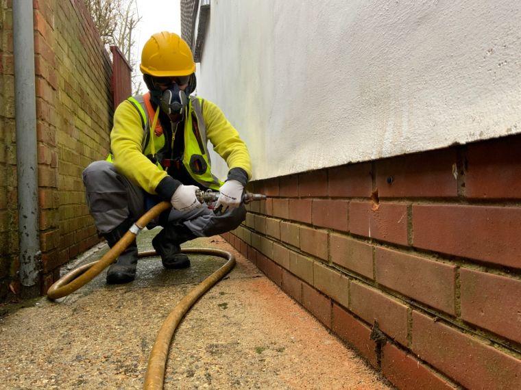 Cavity wall insulation service